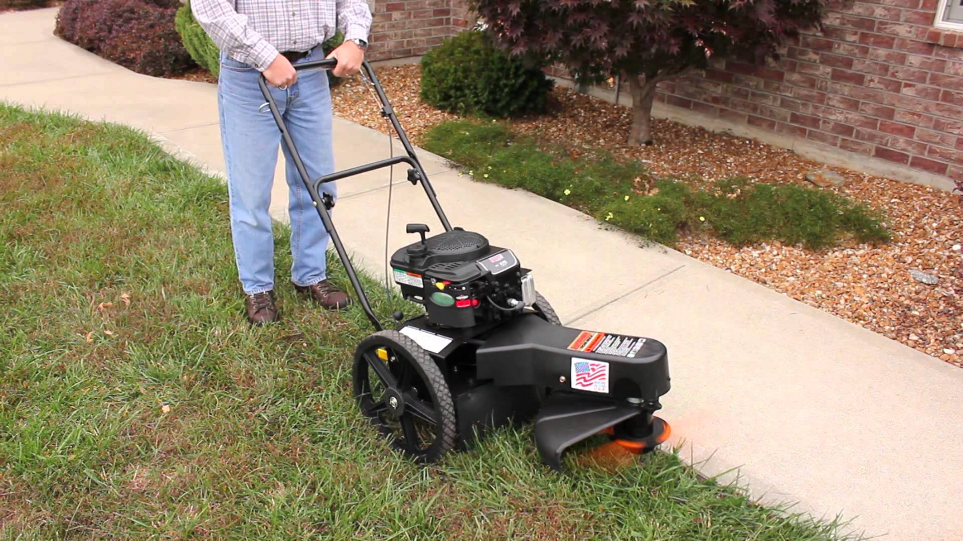 4 Best Wheeled Weed Wacker A Better Control While It Moves Around